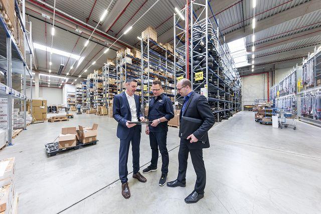 Lagerhaltung mit ERP-Software | microtech.de