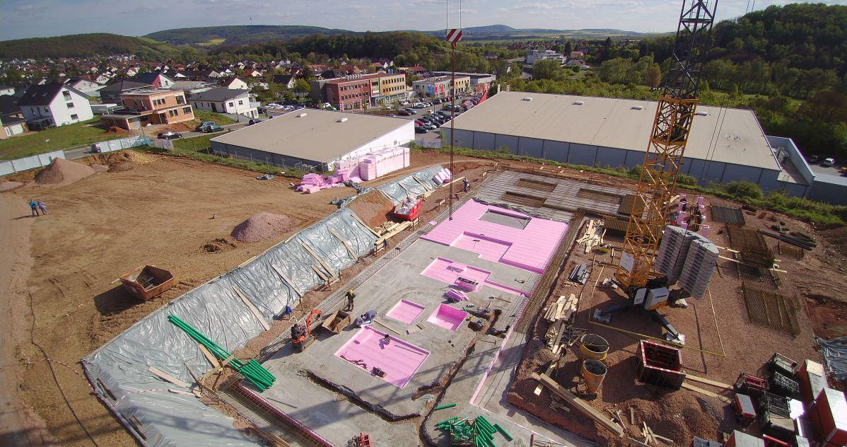 Luftaufnahme zwei von Baugrundstück | microtech.de